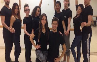 """La Brigada Artística Joven """"Los Guaracheritos"""" siguen con su formación danzaria."""